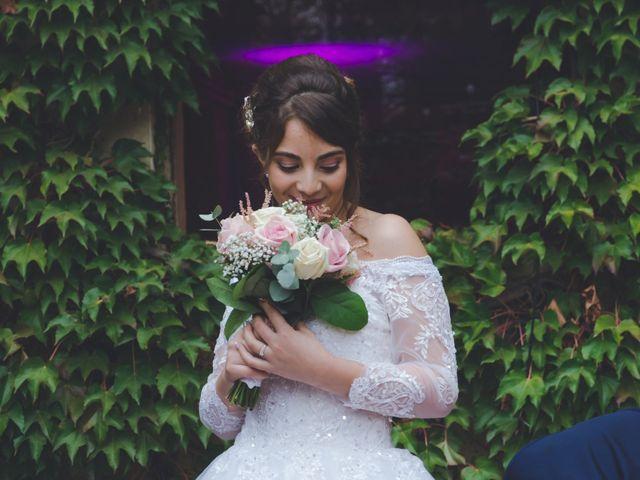 Le mariage de Karim et Sabria à Saint-Laurent-d'Oingt, Rhône 11