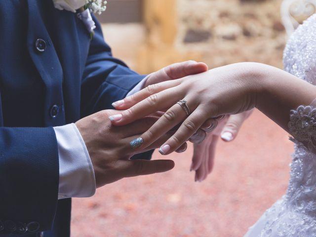 Le mariage de Karim et Sabria à Saint-Laurent-d'Oingt, Rhône 2