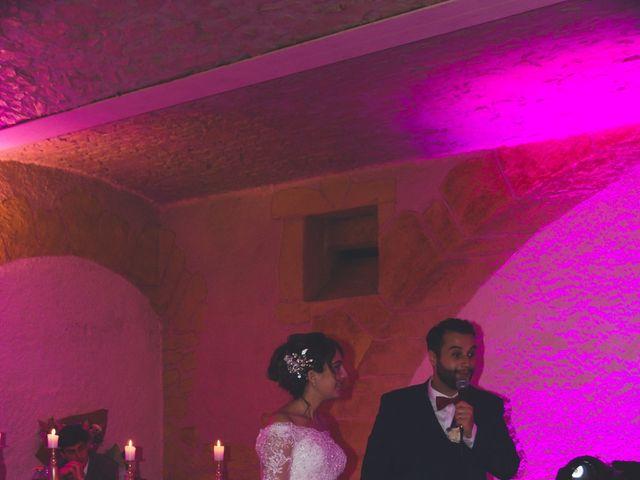 Le mariage de Karim et Sabria à Saint-Laurent-d'Oingt, Rhône 21