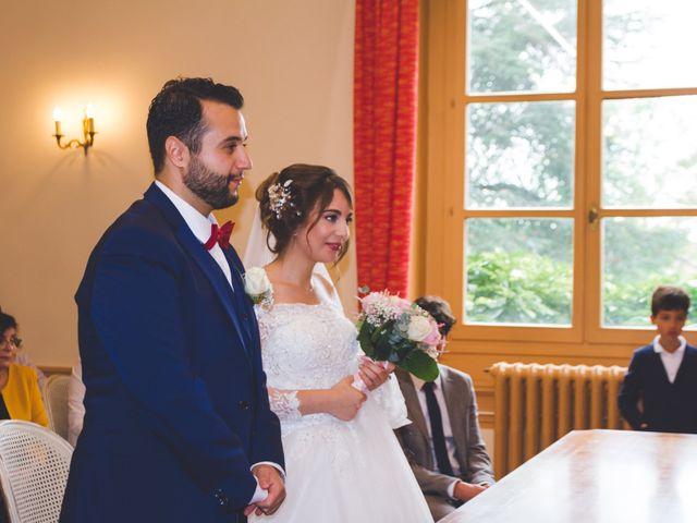 Le mariage de Karim et Sabria à Saint-Laurent-d'Oingt, Rhône 9