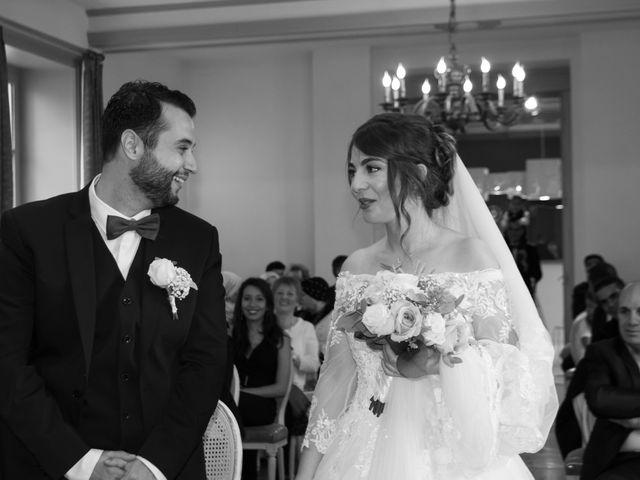 Le mariage de Karim et Sabria à Saint-Laurent-d'Oingt, Rhône 10