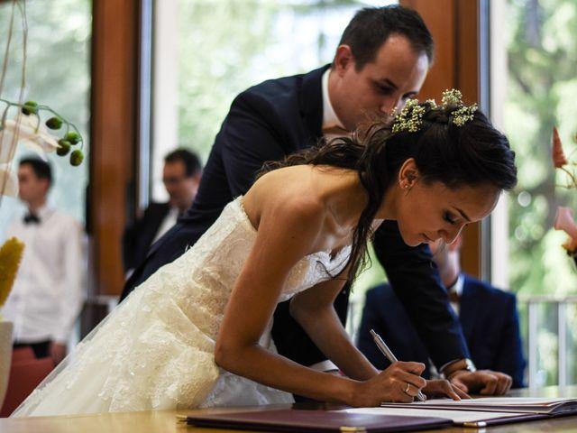 Le mariage de Anthony et Anaïs à Saint-Cassin, Savoie 11