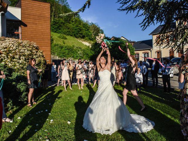 Le mariage de Anthony et Anaïs à Saint-Cassin, Savoie 23