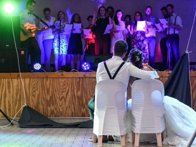 Le mariage de Anthony et Anaïs à Saint-Cassin, Savoie 33