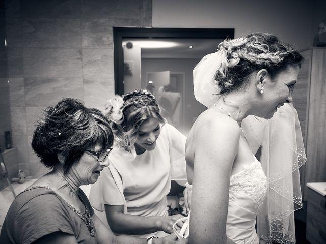 Le mariage de Quentin et Anaïs à Ougney, Jura 8