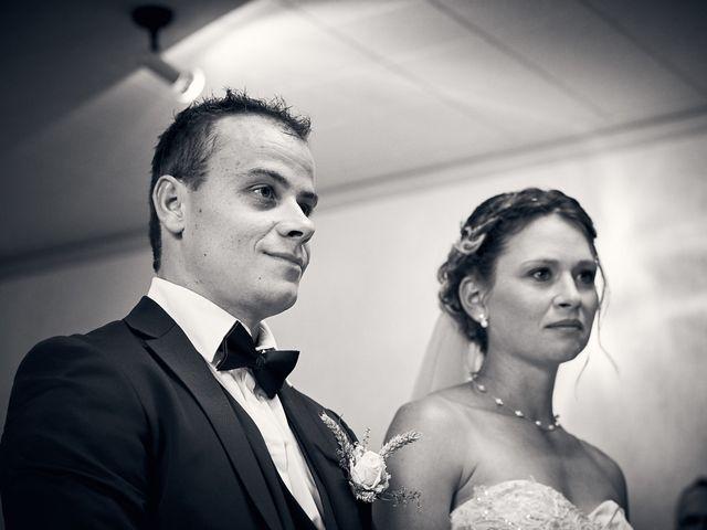 Le mariage de Quentin et Anaïs à Ougney, Jura 15