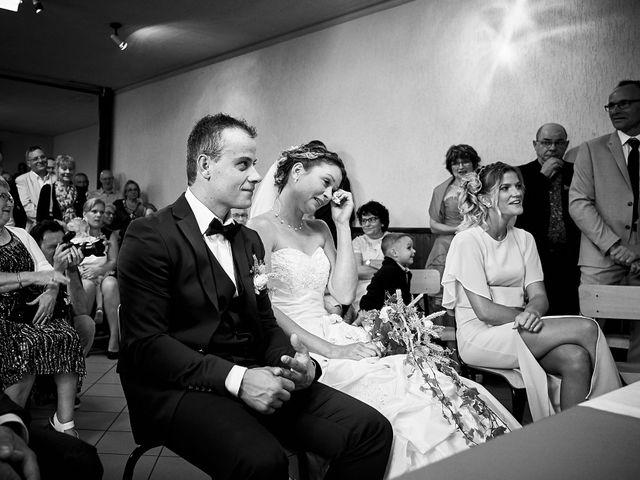 Le mariage de Quentin et Anaïs à Ougney, Jura 16