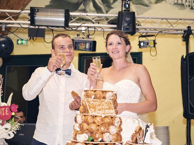 Le mariage de Quentin et Anaïs à Ougney, Jura 23