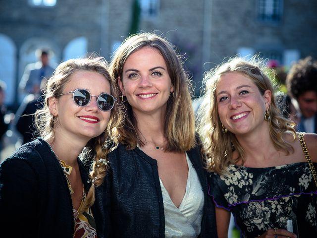 Le mariage de Alexis et Juliette à Saint-Malo, Ille et Vilaine 76