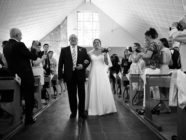 Le mariage de Gérald et Meghann à Élancourt, Yvelines 12