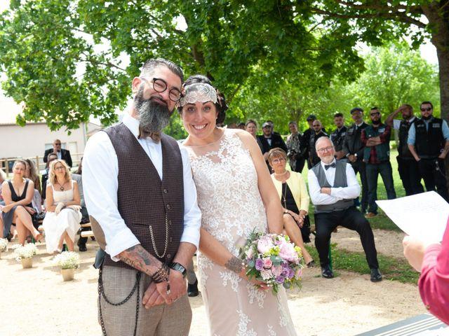 Le mariage de David et Catherine à Chabournay, Vienne 8