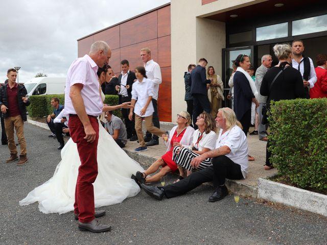Le mariage de Anthony et Julie à Varennes-sur-Fouzon, Indre 15