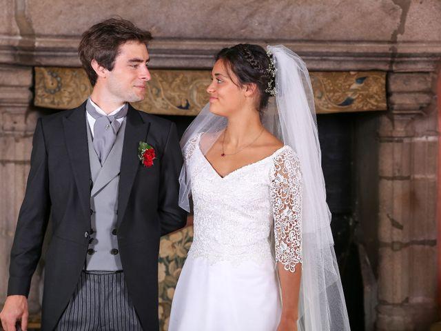 Le mariage de Pierre et Laure à Saint-Pierre-des-Échaubrognes, Deux-Sèvres 7