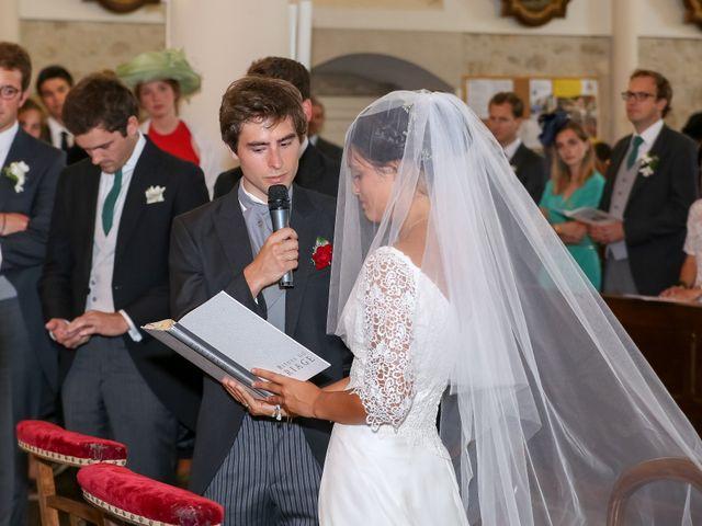 Le mariage de Pierre et Laure à Saint-Pierre-des-Échaubrognes, Deux-Sèvres 24