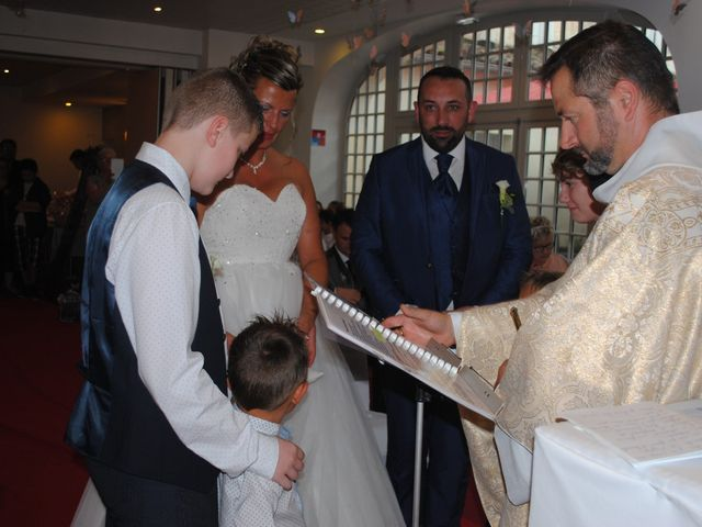 Le mariage de Stéphanie  et Laurent à Gémozac, Charente Maritime 5