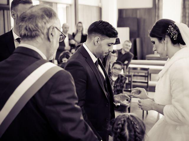 Le mariage de Jean Paul et Magdalena à Saint-Ouen-l'Aumône, Val-d'Oise 23