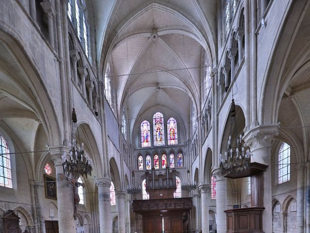 Le mariage de Jean Paul et Magdalena à Saint-Ouen-l'Aumône, Val-d'Oise 32