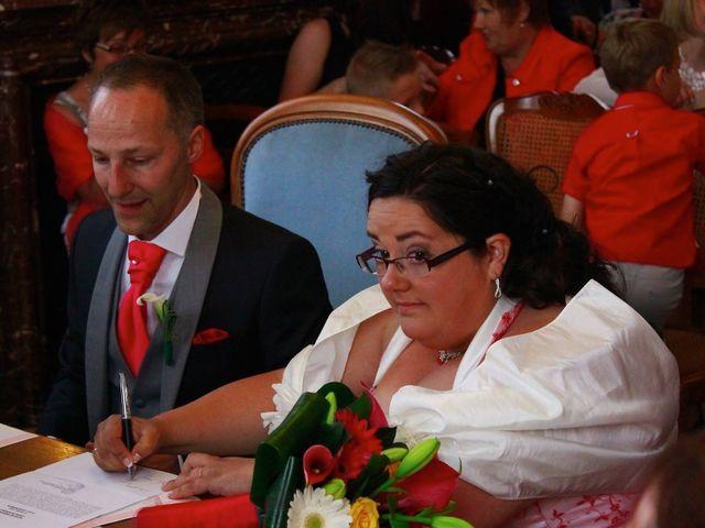 Le mariage de David et Marion à Noeux-les-Mines, Pas-de-Calais 14