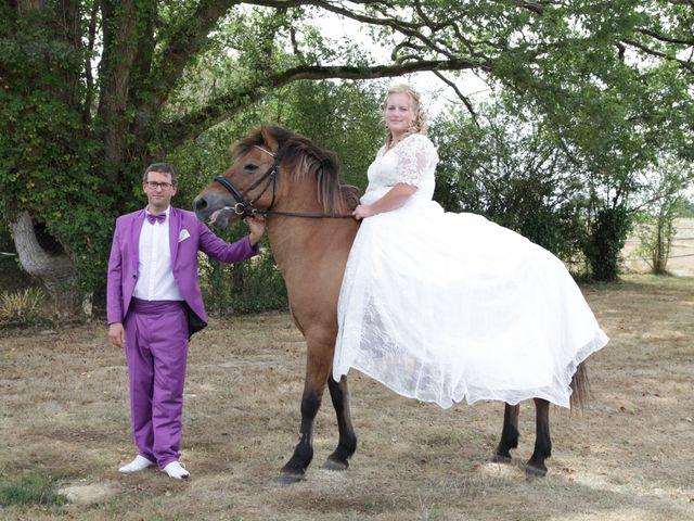Le mariage de Jonathan et Julie  à Busloup, Loir-et-Cher 2