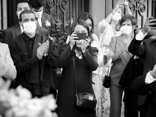Le mariage de Sadok et Pauline à Paris, Paris 10