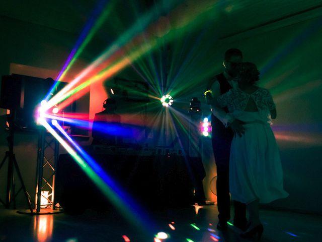 Le mariage de Nicolas et Cécile à Elliant, Finistère 37