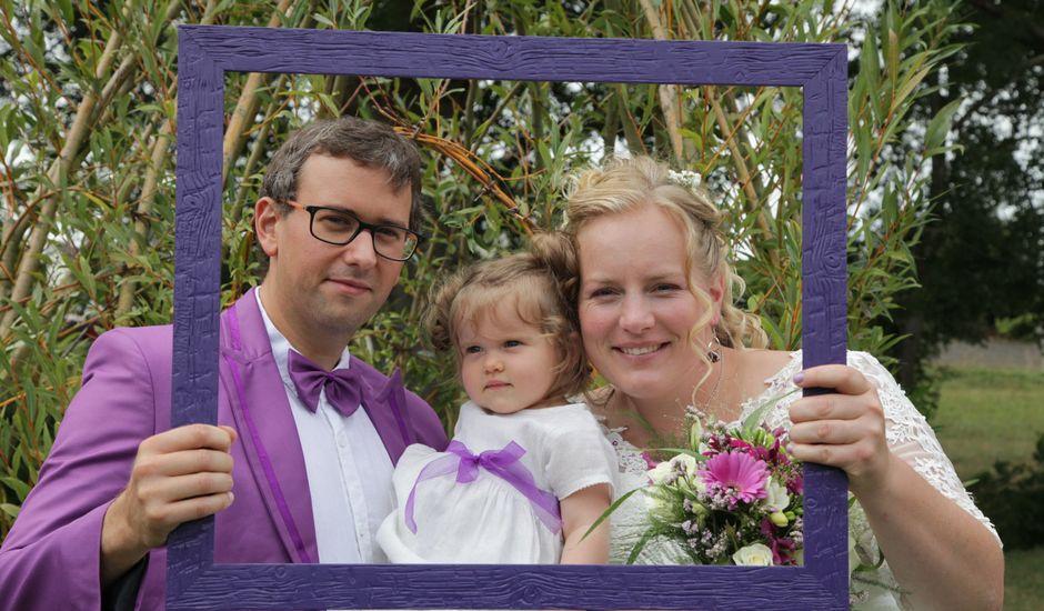Le mariage de Jonathan et Julie  à Busloup, Loir-et-Cher