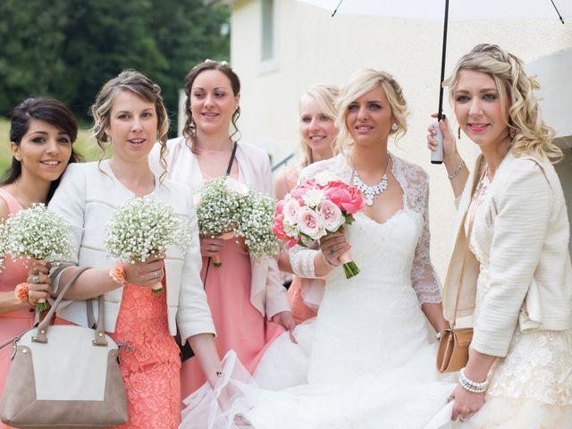 Le mariage de Joïc et Priscilla à Baume-les-Dames, Doubs 17