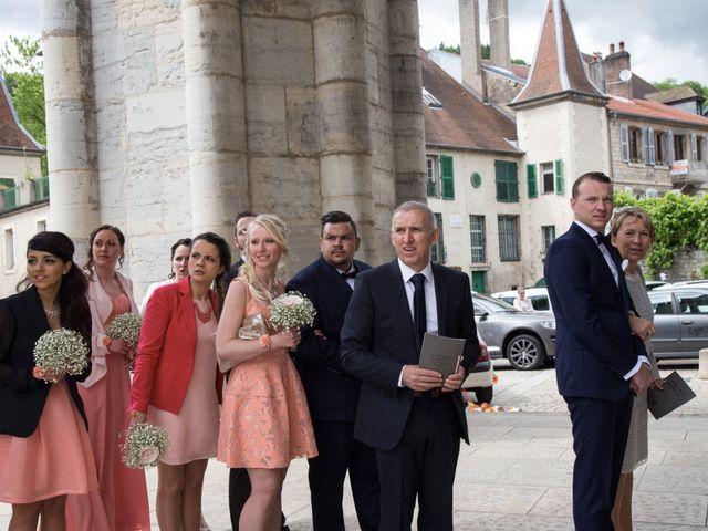 Le mariage de Joïc et Priscilla à Baume-les-Dames, Doubs 32
