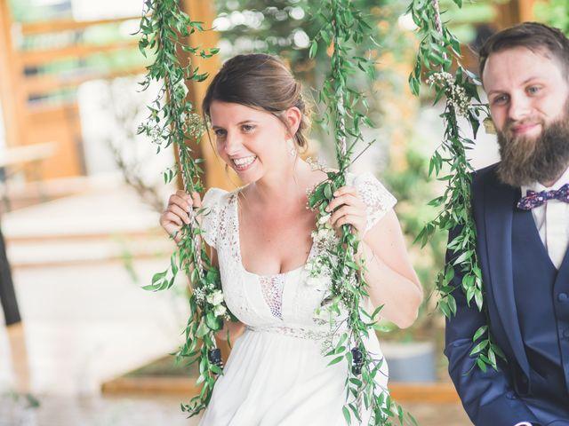 Le mariage de Maxime et Coralie à Camphin-en-Pévèle, Nord 2