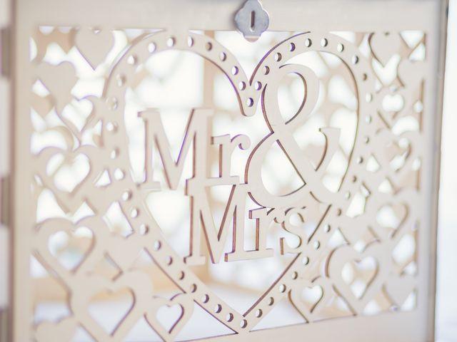 Le mariage de Maxime et Coralie à Camphin-en-Pévèle, Nord 15
