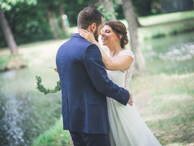 Le mariage de Maxime et Coralie à Camphin-en-Pévèle, Nord 36