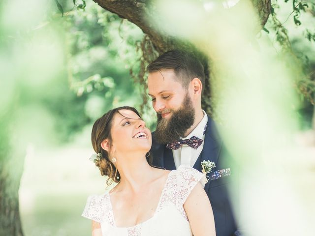 Le mariage de Maxime et Coralie à Camphin-en-Pévèle, Nord 40