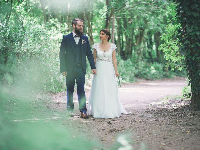 Le mariage de Maxime et Coralie à Camphin-en-Pévèle, Nord 44