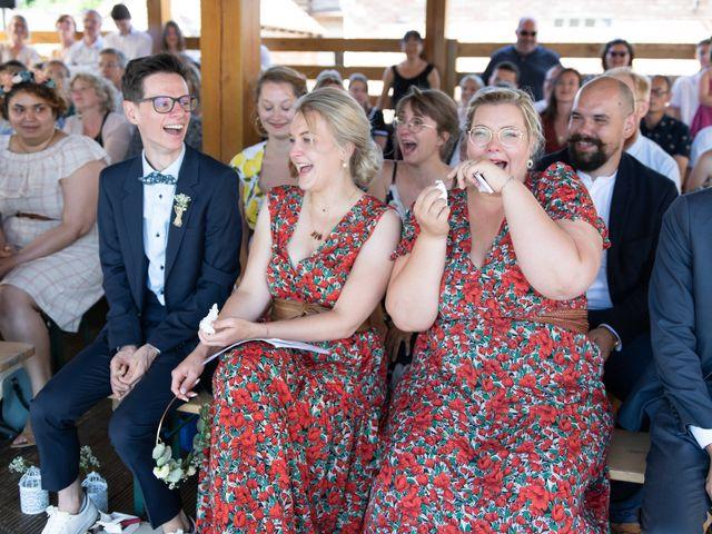 Le mariage de Maxime et Coralie à Camphin-en-Pévèle, Nord 54
