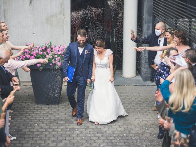 Le mariage de Maxime et Coralie à Camphin-en-Pévèle, Nord 91