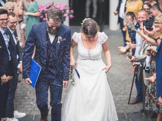 Le mariage de Maxime et Coralie à Camphin-en-Pévèle, Nord 92