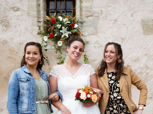 Le mariage de Marine-Alice et Amandine à Chareil-Cintrat, Allier 26