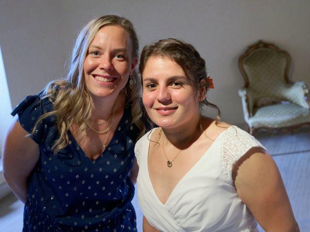Le mariage de Marine-Alice et Amandine à Chareil-Cintrat, Allier 32