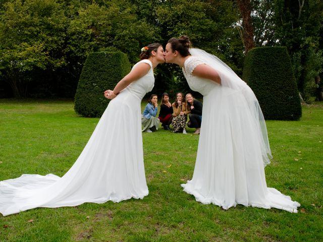 Le mariage de Marine-Alice et Amandine à Chareil-Cintrat, Allier 43