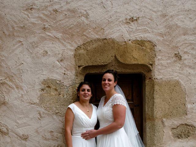 Le mariage de Marine-Alice et Amandine à Chareil-Cintrat, Allier 47