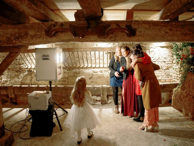 Le mariage de Marine-Alice et Amandine à Chareil-Cintrat, Allier 56