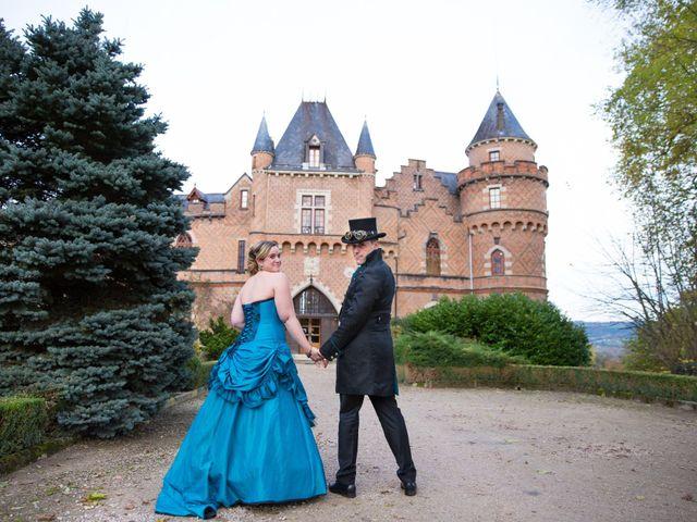 Le mariage de David et Axelle à Saint-Priest-Bramefant, Puy-de-Dôme 5