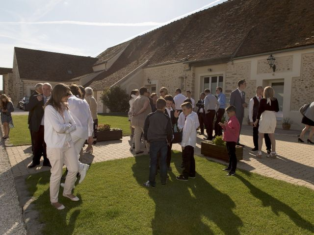 Le mariage de Xavi et Sally à Crépy-en-Valois, Oise 15