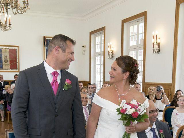 Le mariage de Xavi et Sally à Crépy-en-Valois, Oise 9