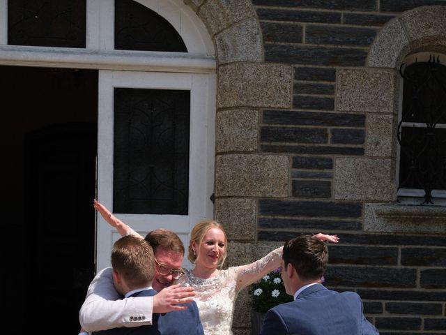 Le mariage de Hugues et Claire à Saint-Just, Ille et Vilaine 42