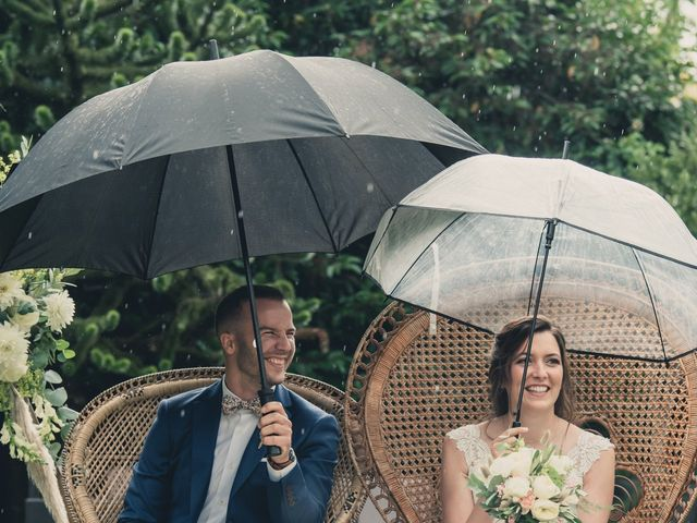 Le mariage de Clément et Emmanuelle à Concarneau, Finistère 16