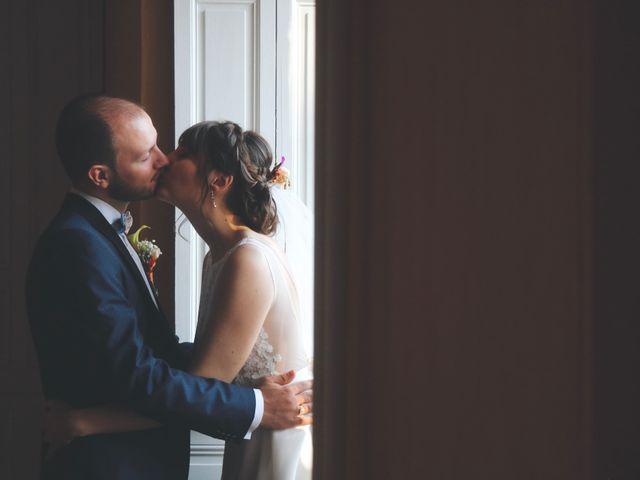 Le mariage de Emilien et Sophie à Tours, Indre-et-Loire 22