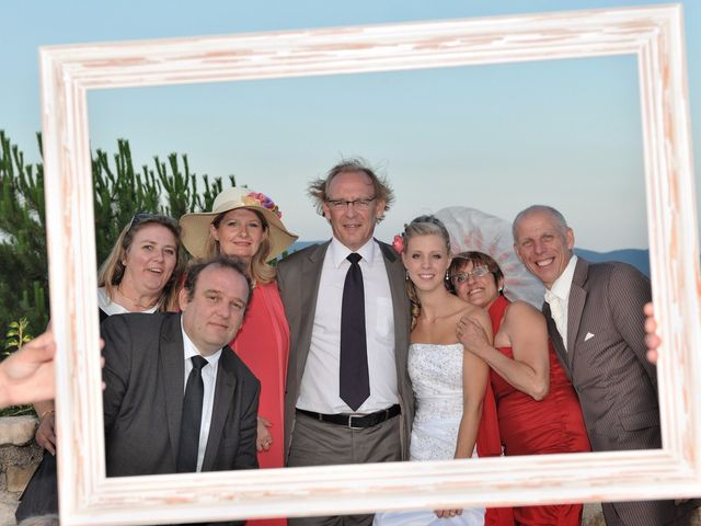 Le mariage de Nicolas et Clio à Bagard, Gard 32
