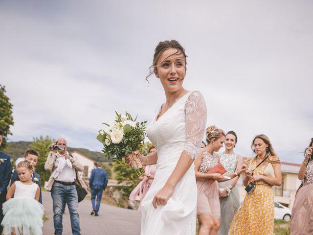 Le mariage de Anthony et Ophélie à Saint-Genest-Malifaux, Loire 15