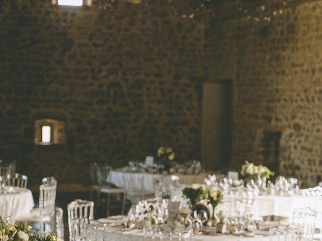 Le mariage de Anthony et Ophélie à Saint-Genest-Malifaux, Loire 43